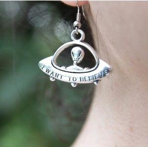 👽 Alien UFO Earrings